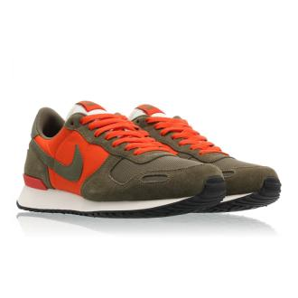 Nike Air Vortex Team Orange Olive
